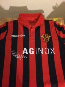 la maglia celebrativa per i 90anni della Narnese Calcio