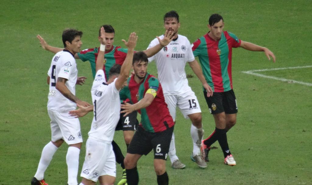 Calciomercato Ternana, un difensore nel mirino dei rossoverdi