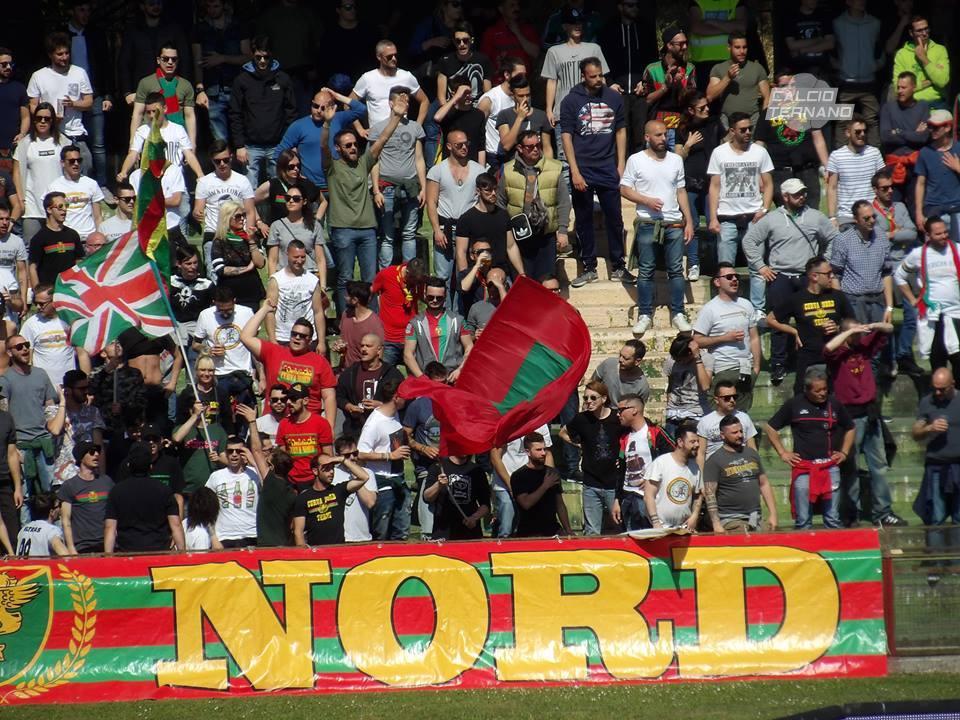 Ternana calcio mercato, asse Terni-Lecce per alcuni giocatori