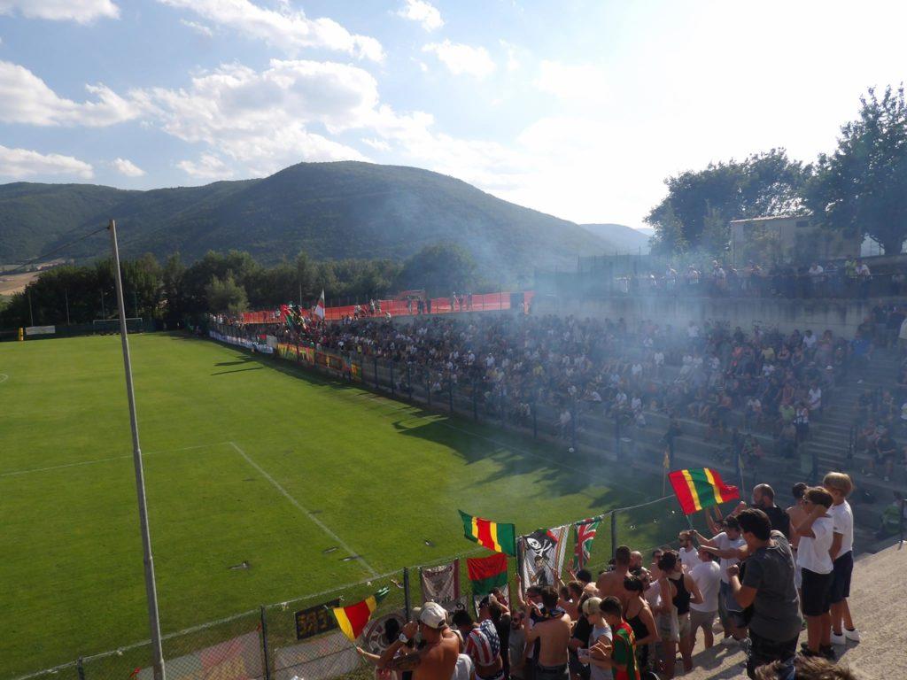 Ternana calcio, la spinta dei tifosi rossoverdi in trasferta