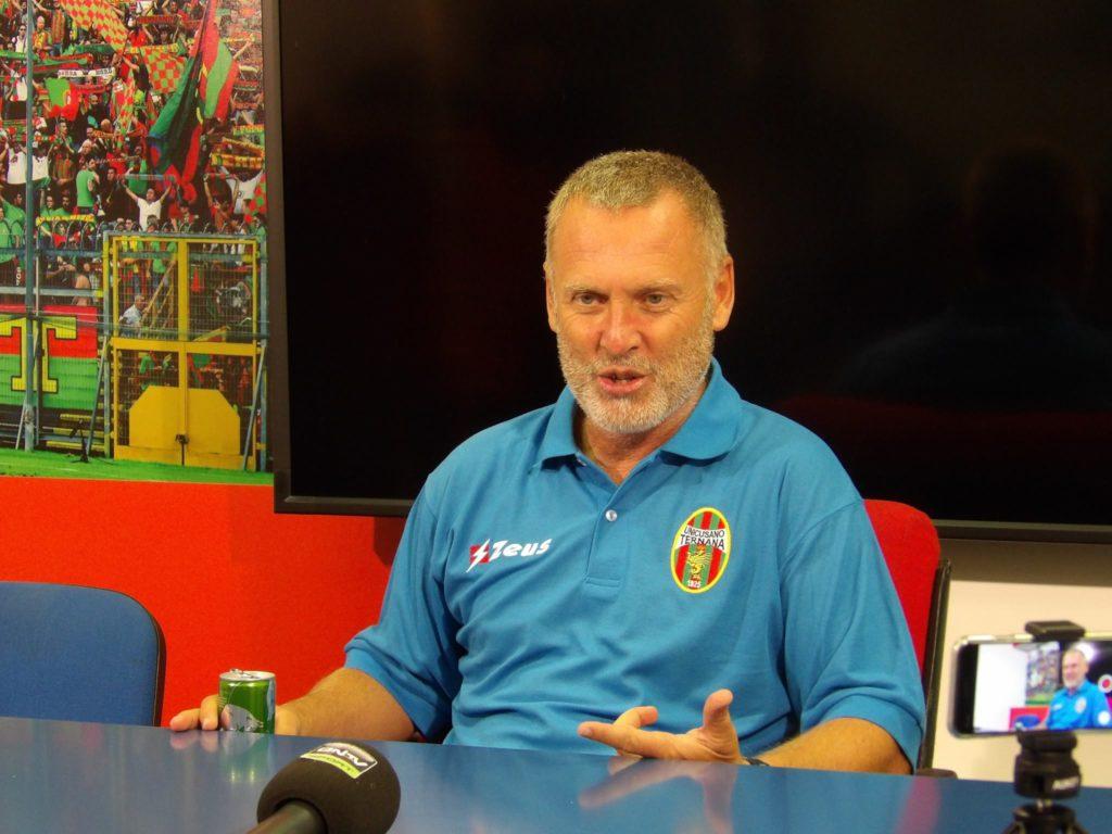 Ternana, Sandro Pochesci 'Serve pazienza in questo momento'