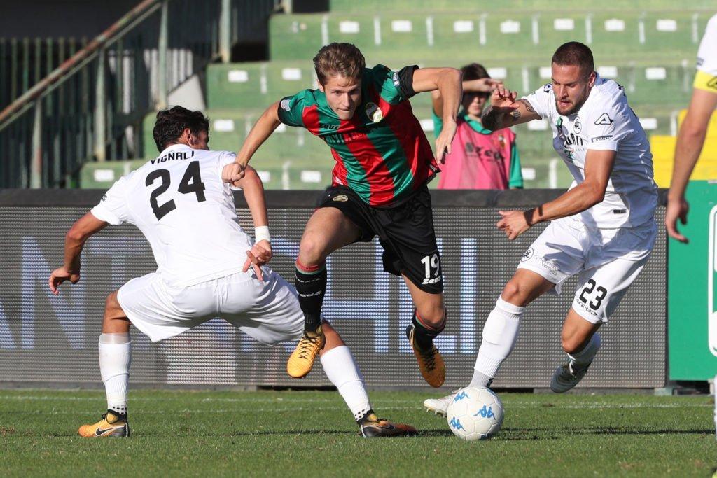 Calciomercato Ternana, le ultime su Arturo Calabresi
