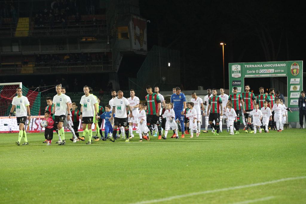 Ternana, diretta Ternana-Carpi 0-0 pareggio ad occhiali al Liberati