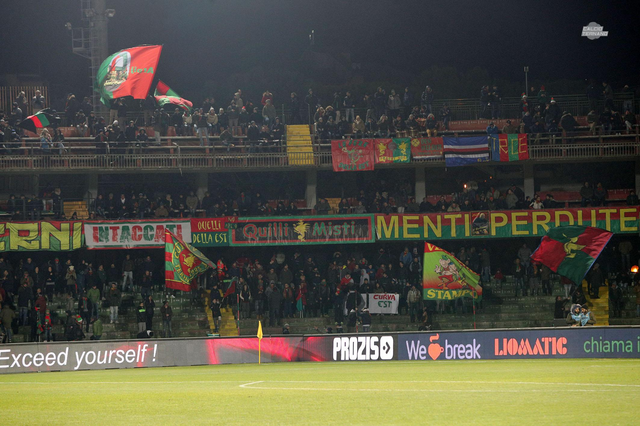 Calciomercato Ternana, doppia trattativa con il Livorno