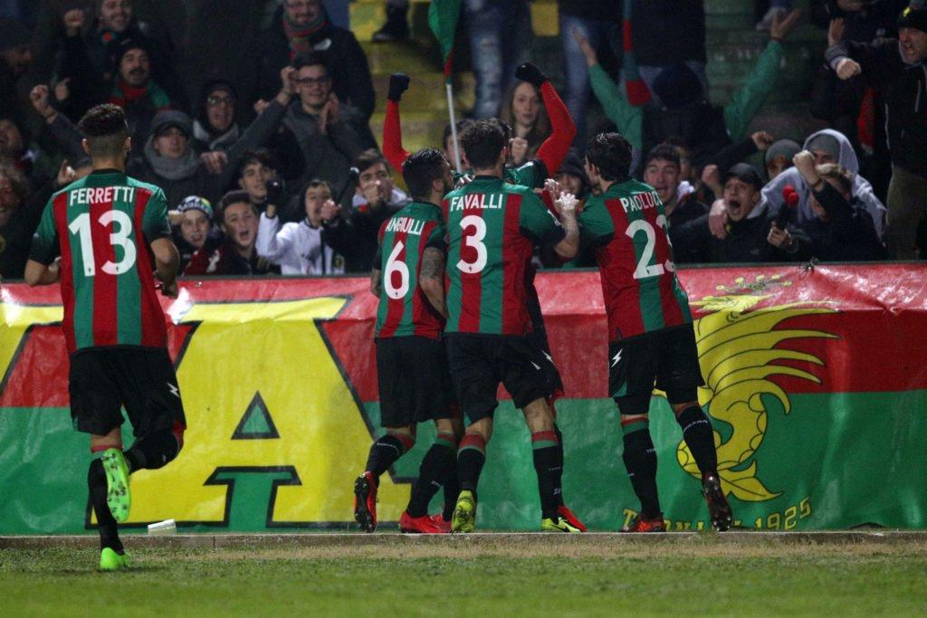 Calciomercato Ternana, due rossoverdi monitorati dal Pescara