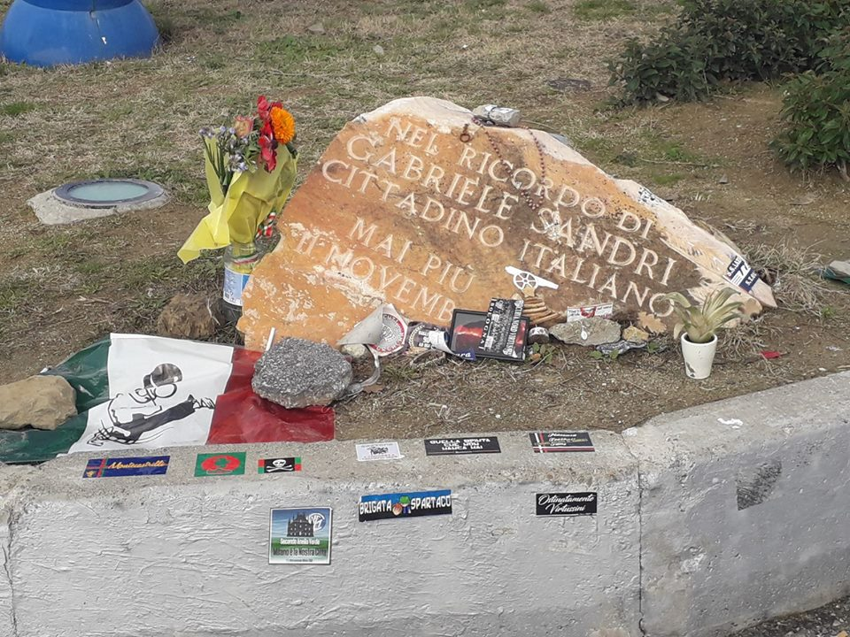 Ternana, i tifosi rossoverdi omaggiano Gabriele Sandri