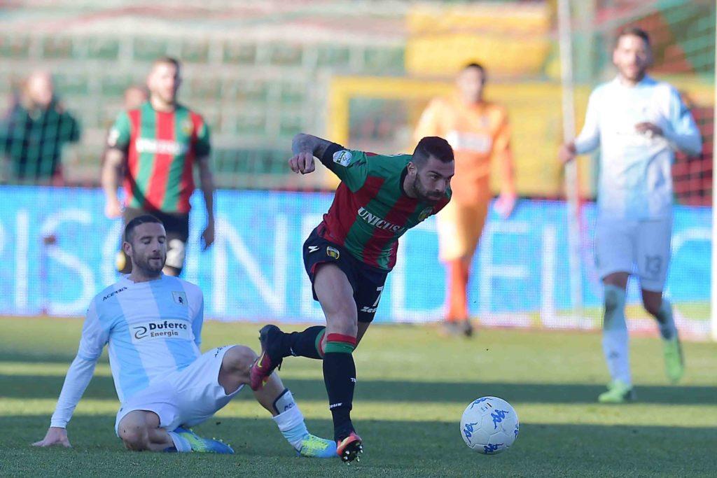 Calciomercato Ternana, Salvatore Caturano ancora out nell'Entella