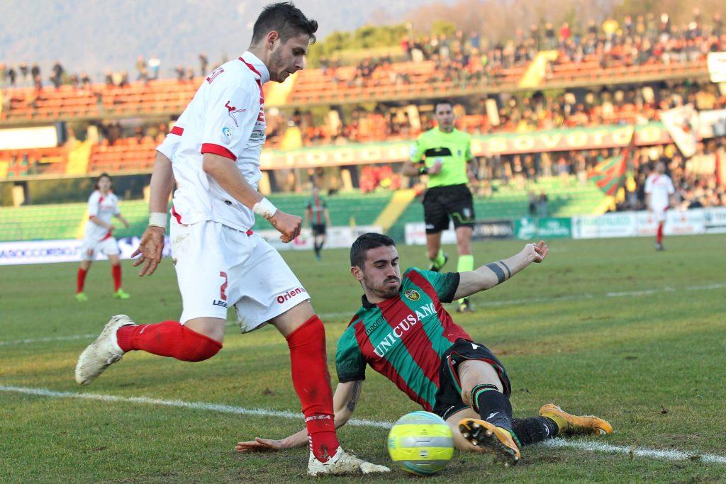 Lega Pro ufficiale, risolto il contratto di un centrocampista del Teramo