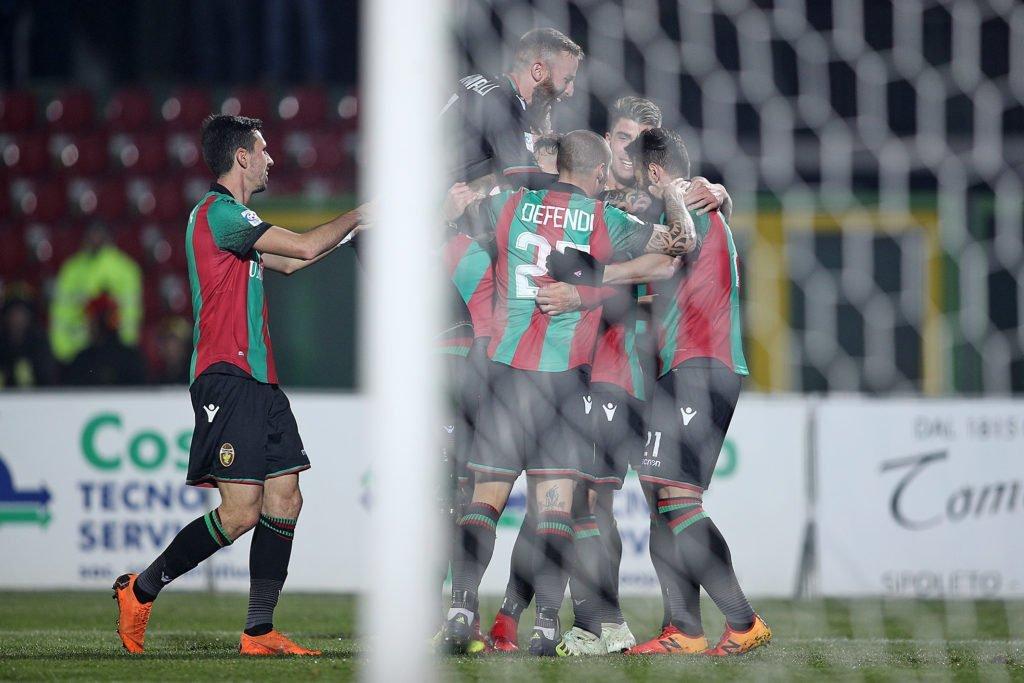 Lega Pro Rimini-Ternana, quattro calciatori saltano la prosecuzione