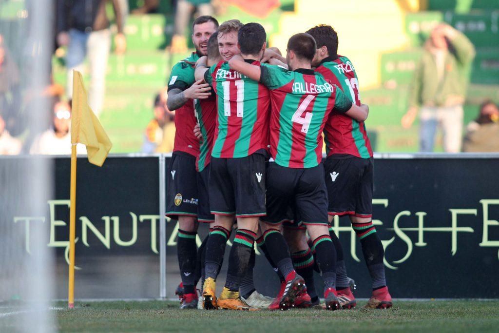 Serie B ufficiale, cambia il format: una chance in più per la Ternana
