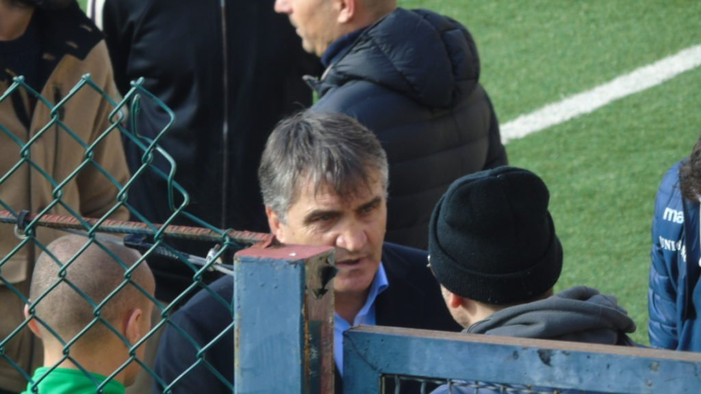 Ternana, contestazione dei tifosi verso Luigi De Canio e la squadra