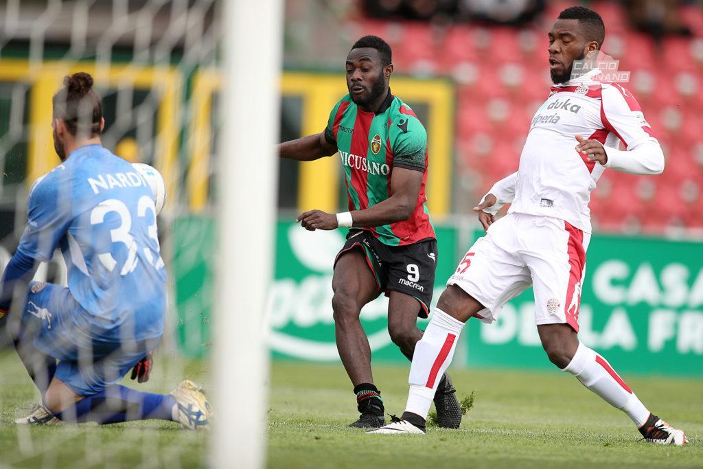 Ternana ufficiale, Kingsley Boateng alla Juve Stabia