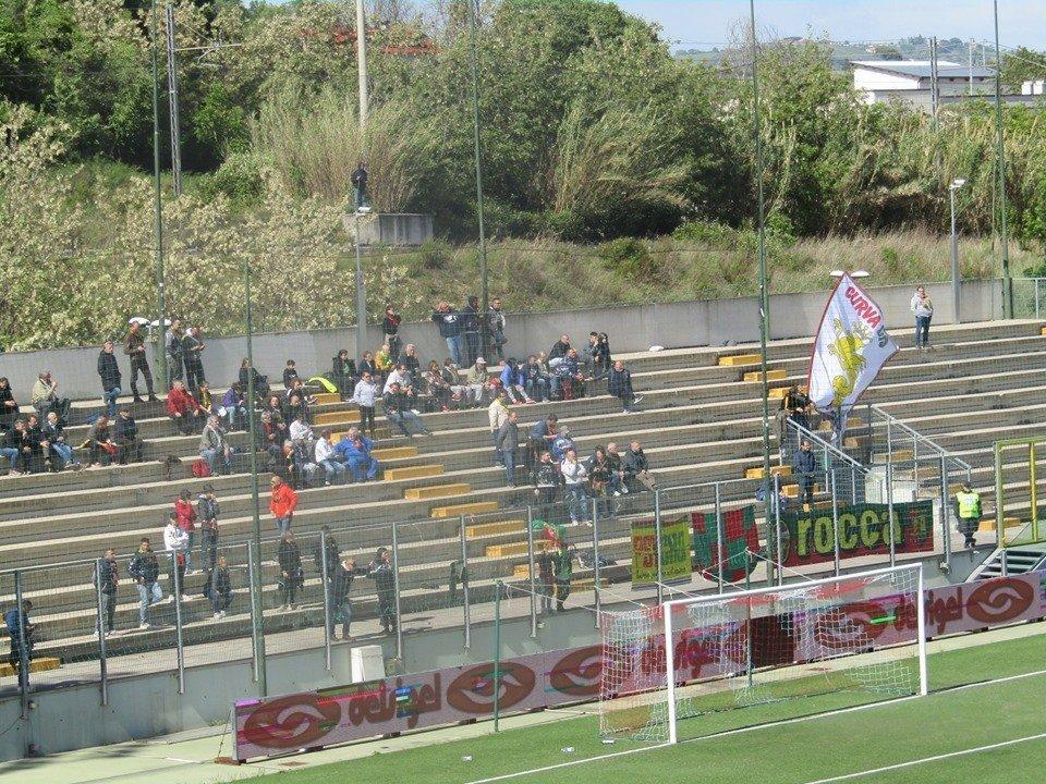 Lega Pro Teramo-Ternana, le foto dei tifosi rossoverdi presenti
