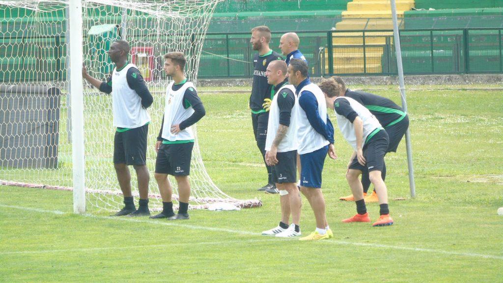 Calciomercato Ternana, un centrocampista saluta i rossoverdi