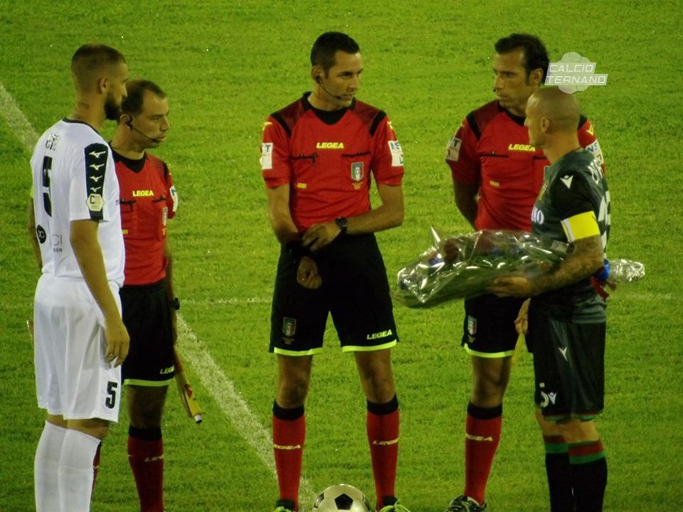 Capitan Defendi nella prima partita del campionato