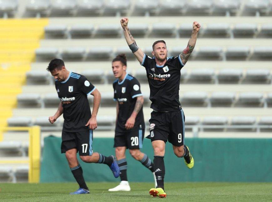 Calciomercato Ternana, una forte concorrente per Salvatore Caturano