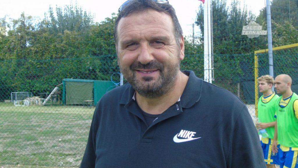 L'allenatore Carlo Buzzicotti
