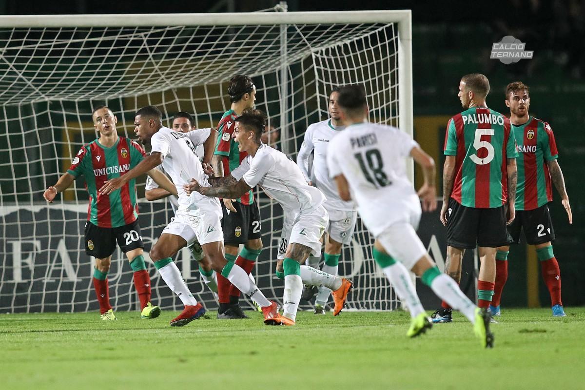 Gol dell'Avellino contro la Ternana
