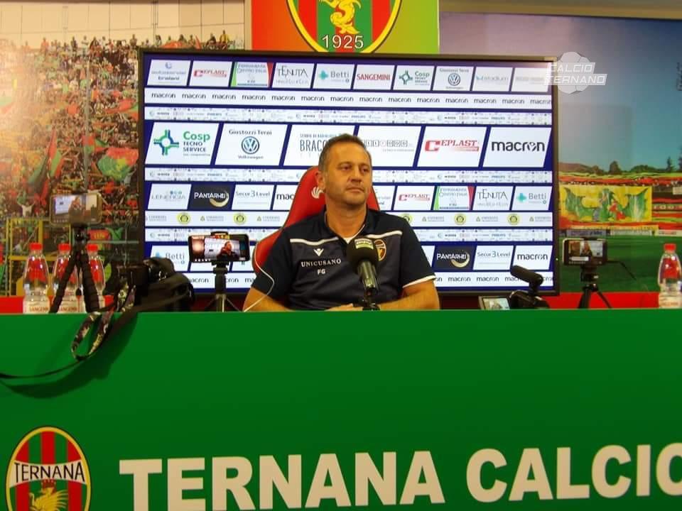 il tecnico della Ternana Fabio Gallo in sala stampa