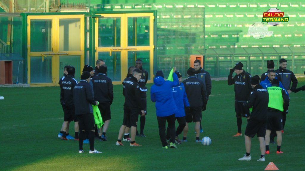 La Ternana si allena allo stadio Liberati