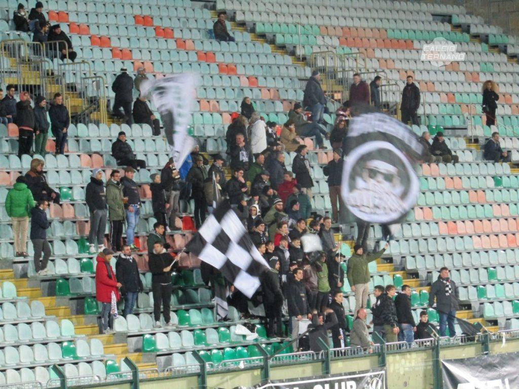 i tifosi della Robur Siena in curva