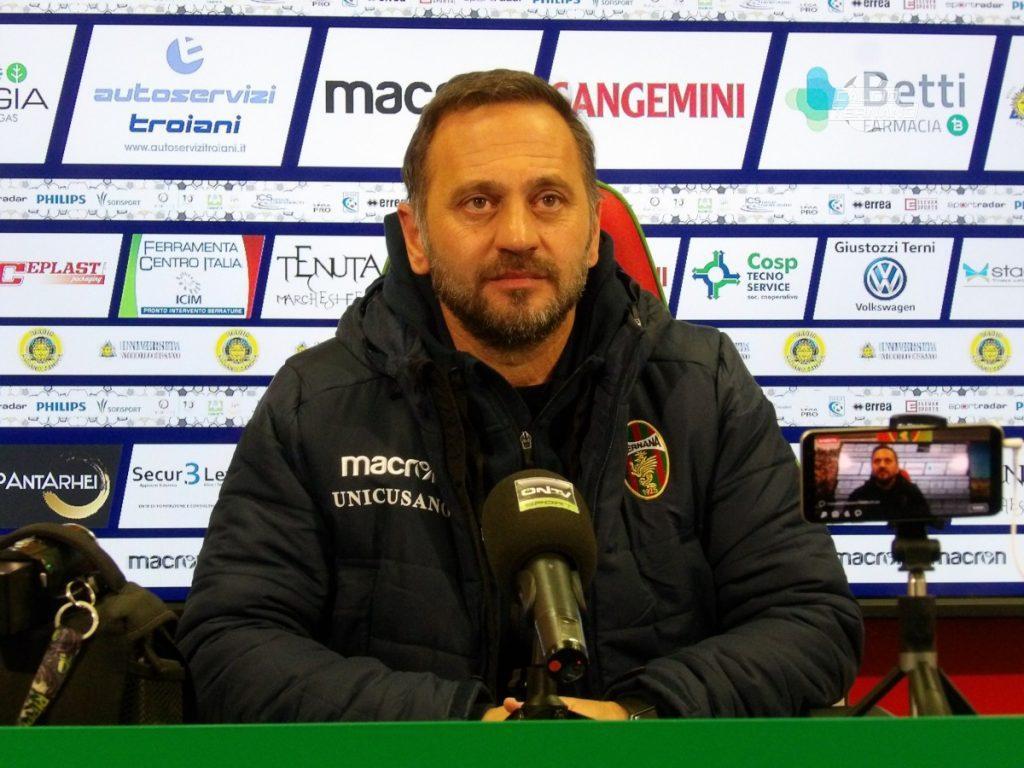 mister Fabio Gallo in conferenza stampa
