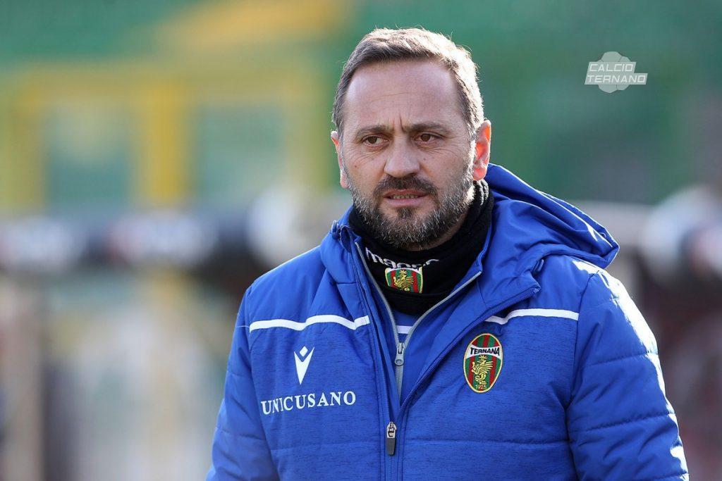il tecnico rossoverde Fabio Gallo