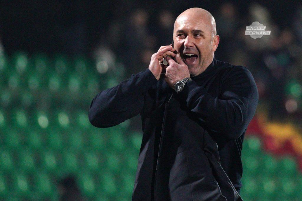 Stefano Bandecchi al telefono dopo aver saputo della sconfitta della Reggina contro la Virtus Francavilla