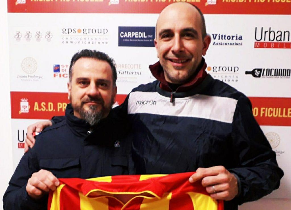 Il Vice Presidente Luca Fattorini e l'attaccante Maccari