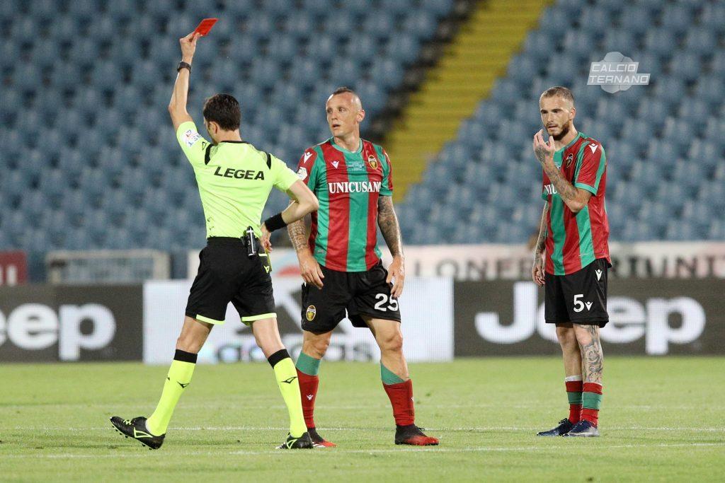 Espulsione di Defendi nella finale di Coppa Italia