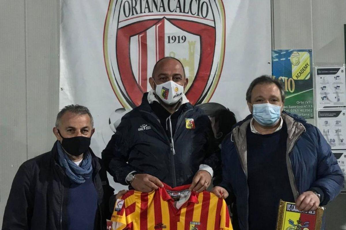 Diego Foresti del catanzaro e la dirigenza dell'Ortana