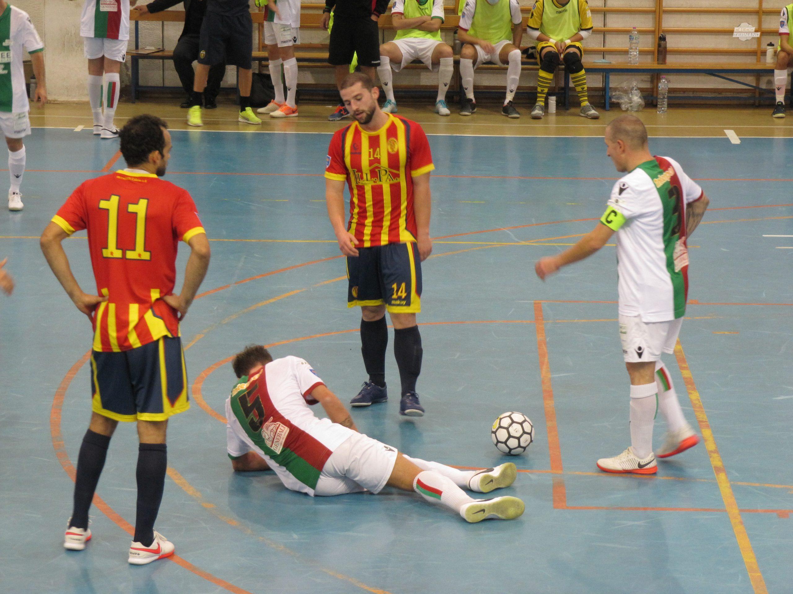Fallo subito da Giardineri Futsal Ternana