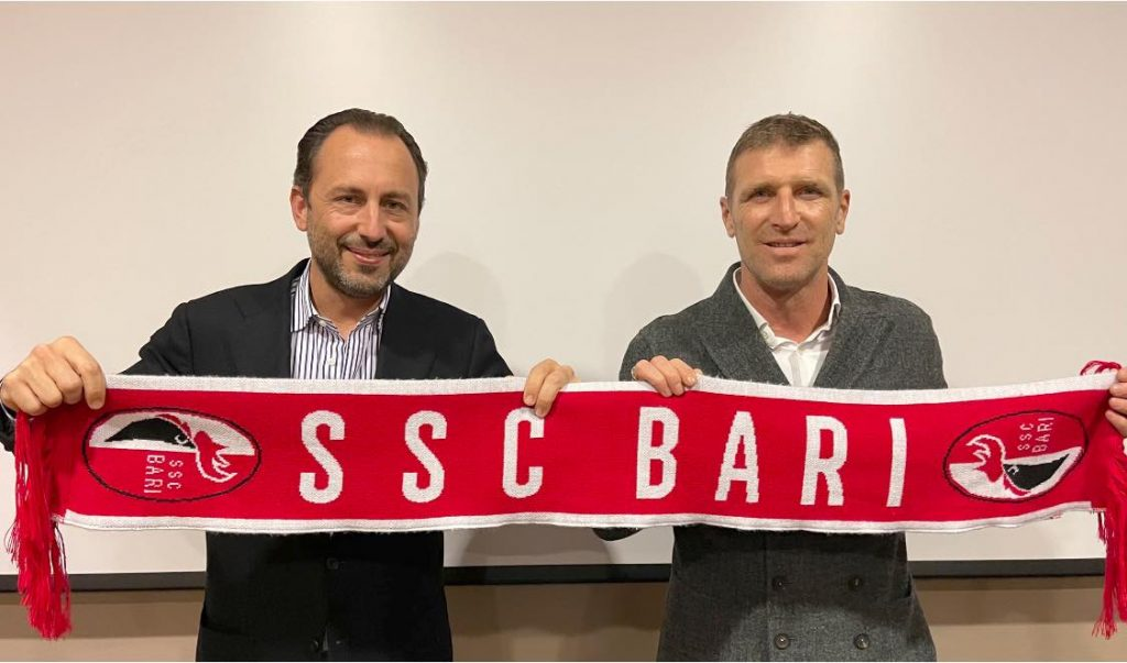 il nuovo allenatore del Bari Carrera