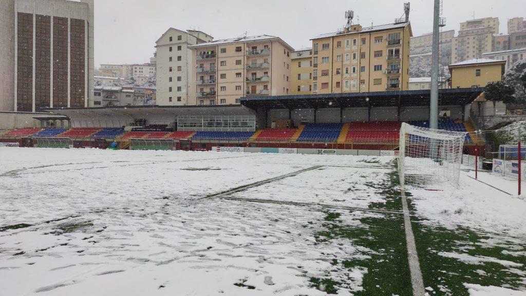 stadio Potenza con la neve