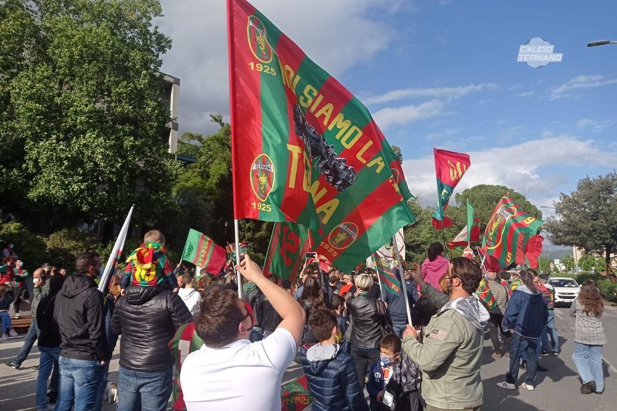 ternana juve stabia raduno tifosi rossoverdi